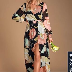 Lulu's Floral Long Sleeve Maxi with Slit